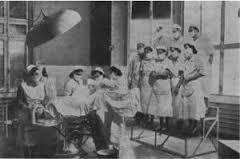 Spitalul-Filantropia.-Un-salon-pentru-interventii-chirurgicale-din-prima-parte-a-secolului-XX